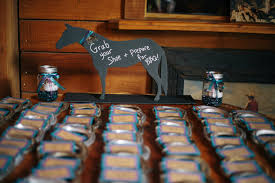 horseshoe wedding favors matt altar ego weddings wedding planner