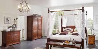 schlafzimmer im kolonialstil globetrotter romantik einrichten im kolonialstil