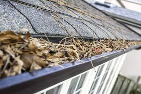 how to clean gutters house method