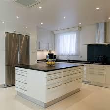 plan amenagement cuisine 10m2 amenager une cuisine de 10m2 idées décoration intérieure