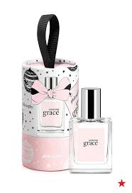 halloween perfume macys 52 best beauty gifts images on pinterest holiday gifts beauty