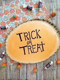 Diy Halloween Home Decor Trick Or Treat Stump Craft