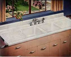 Country Kitchen Sink  Inspiring Traditional Kitchen Designs - American kitchen sinks