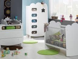 chambre roumanoff chambre bébé lit barreaux éa blanc chambrekids