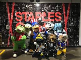 sam the eagle joins fellow mascots at la kings game la84 foundation