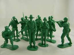 centerpiece ideas soldiers 5 inches variable poses