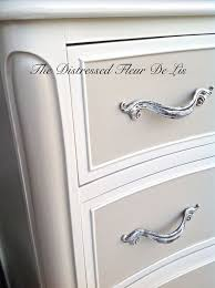 Ivory Painted Bedroom Furniture by Top 25 Best Antique White Furniture Ideas On Pinterest Antique