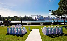 Royal Botanical Gardens Wedding by Royal Botanic Gardens Harbour View Lawn Garden Locations