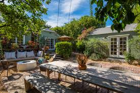 backyard cottage hollywood cottage is heart breakingly cute for 1 8m curbed la