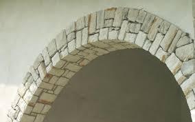 arco in pietra per interni rivestimenti in pietra interni ed esterni fratelli pellizzari