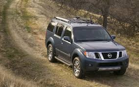 nissan pathfinder luggage rack 2012 nissan pathfinder le 4x4 editors u0027 notebook automobile
