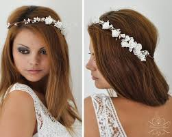Hochsteckfrisurenen Hochzeit Mit Haarreif by Blumenkranz Hochzeit Haarband Blumen Haarschmuck Frisuren