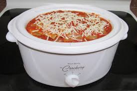 thoughts from a daughter of the king easy crock pot lasagna
