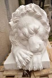 marble lions magnificent pair of carrara marble lions garden statues at 1stdibs