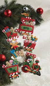 express bucilla felt ornament kit 6 pieces