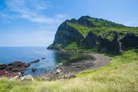essential jeju do top 10 activities on korea u0027s tropical island