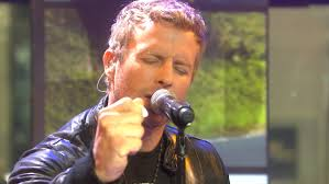 dierks bentley jeep dierks bentley u0027i love u0027 checking out fan tailgating parties at my