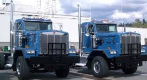 kenworth c500 kenworth c500 offers two new hoods larger module