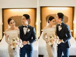 wedding dress di bali pernikahan romantis dengan rona warna blush di bali bridestory