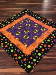 quilted square table toppers quilted halloween table topper or wall hanging halloween table
