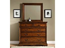 Antique White Bedroom Dressers White Antique Dresser With Mirror Antique Dresser With Mirror At