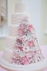 wedding cakes 2016 the top 12 wedding cake trends for 2016 metro news