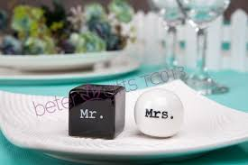 salt and pepper wedding favors and groom salt and pepper shakers wedding favor or gift