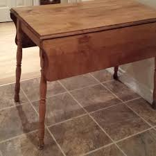 Vintage Drop Leaf Table Find More Antique Drop Leaf Table With Beautifully Turned Legs