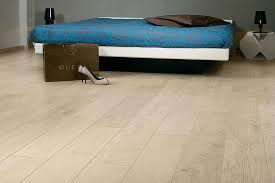 Colours Overture Laminate Flooring Great Tips For Choosing The Right Wood Floor Color Honest Freds