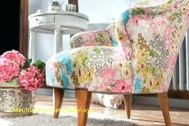 canapé fleuri style anglais canape fleuri anglais canape tissu fleuri anglais 405 x 405 canape