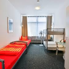 K He Komplett Angebot Unterkunft Mehrbettzimmer In Karlsruher Hostel Bett Im 4er
