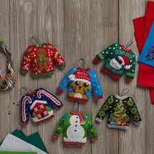in july sweater ornaments kit