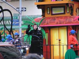 2008 macy s thanksgiving day parade bradaptation