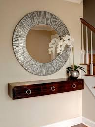 Entry Way Decor Ideas Best 25 Small Entry Decor Ideas On Pinterest Small Entryway
