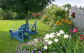 Backyard Flower Gardens by Backyard Landscaping With Flowers With Outdoor Flower Ideas