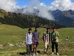 trekking to himalayas 21 things you must have creative praveen