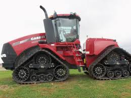 steiger 600 quadtrac tractor on a small hill caseih equipment