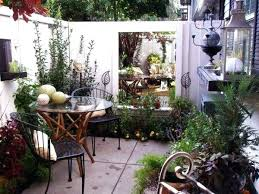 courtyard garden design ideas pictures exhort me new orleans courtyard designs while traditional materials like