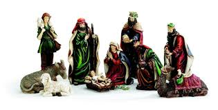 amazon com 10 piece hand painted nativity figurine set jesus in amazon com 10 piece hand painted nativity figurine set jesus in manger beautiful christmas home decor home kitchen