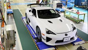 lexus lfa crash lexus lfa 500th unit ends production run