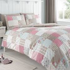Shabby Chic Bed Linen Uk by Ditsy Floral Bedding Http Www Beddingworld Co Uk P