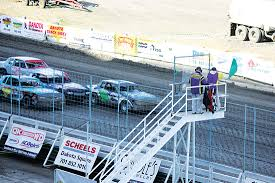 Racing Green Flag Around They Go News Sports Jobs Minot Daily News
