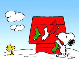 snoopy doghouse christmas decoration decorations christmas decoration event mall shopping snoopy snoopy