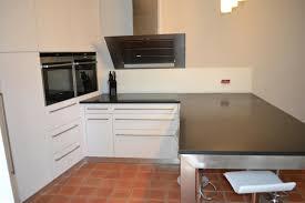 plan de travail cuisine blanc brillant cuisine blanc laque et gris avec plan de travail blanc brillant