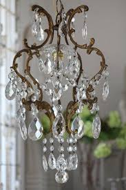 Antique Chandelier Best 25 Antique Chandelier Ideas On Pinterest French Chandelier