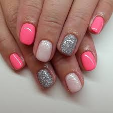 click the pic to try this cute set of nails for yourself pink