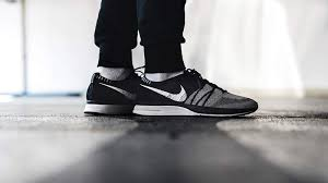 Nike Oreo nike flyknit trainer oreo ah8396 005 the sole supplier