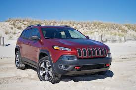 jeep cherokee lights review 2016 jeep cherokee trailhawk ny daily news