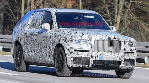 roll royce cullinan rolls royce cullinan suv spy shots photo gallery autoblog
