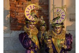 venice carnival costumes photos flamboyant costumes highlight venice carnival